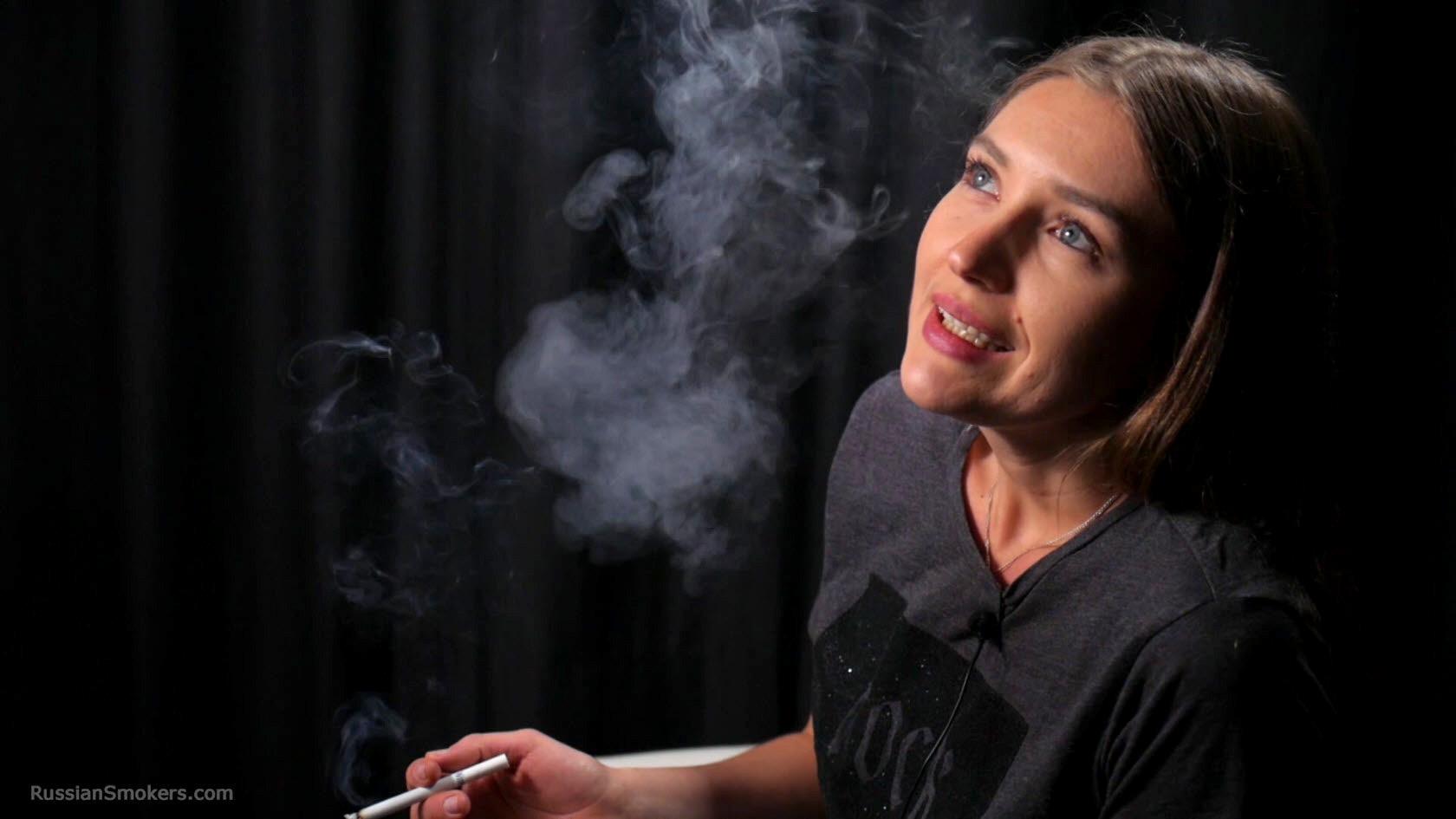 Smoking Fetish Girls