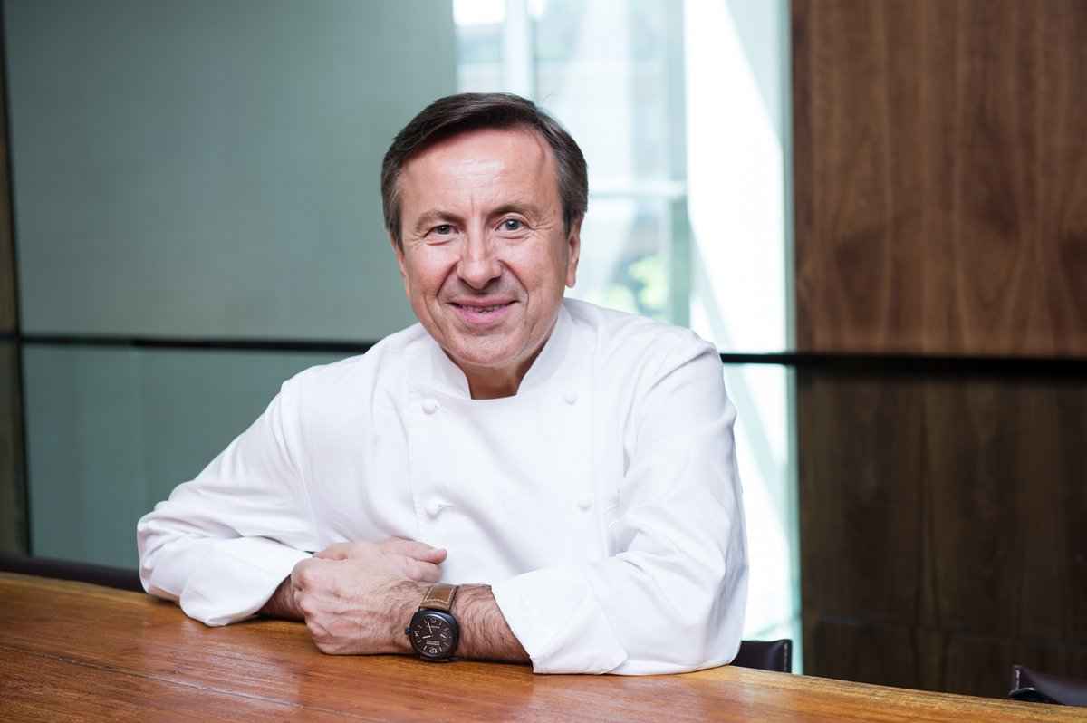 We catch up with Daniel Boulud of @CafeBouludPB after @PBFoodWineFest. hubs.ly/H0mmNnF0