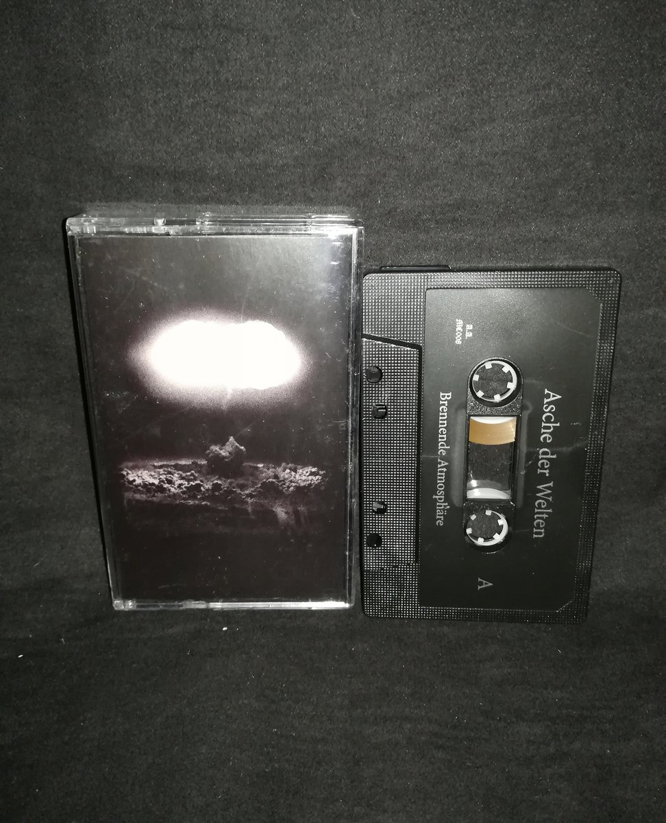 "#AscheDerWelten  ""Brennende Atmosphäre"" ⁠ Limited to 111 copies 5€+postage⁠ ⁠ warproductions@gmail.com⁠ ⁠ http://www.war-productions.org   #WarProductions⁠ #Mailorder⁠ #SupportTheUnderground⁠ #BlackMetalTapes #TapeKvlt⁠ #TapeFormat #TapePorn #BlackMetalCollection 1 h pic.twitter.com/GEkvPtreAy"