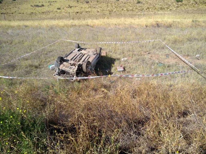 Murió una mujer de Santa Rosa al volcar un auto en la ruta 35