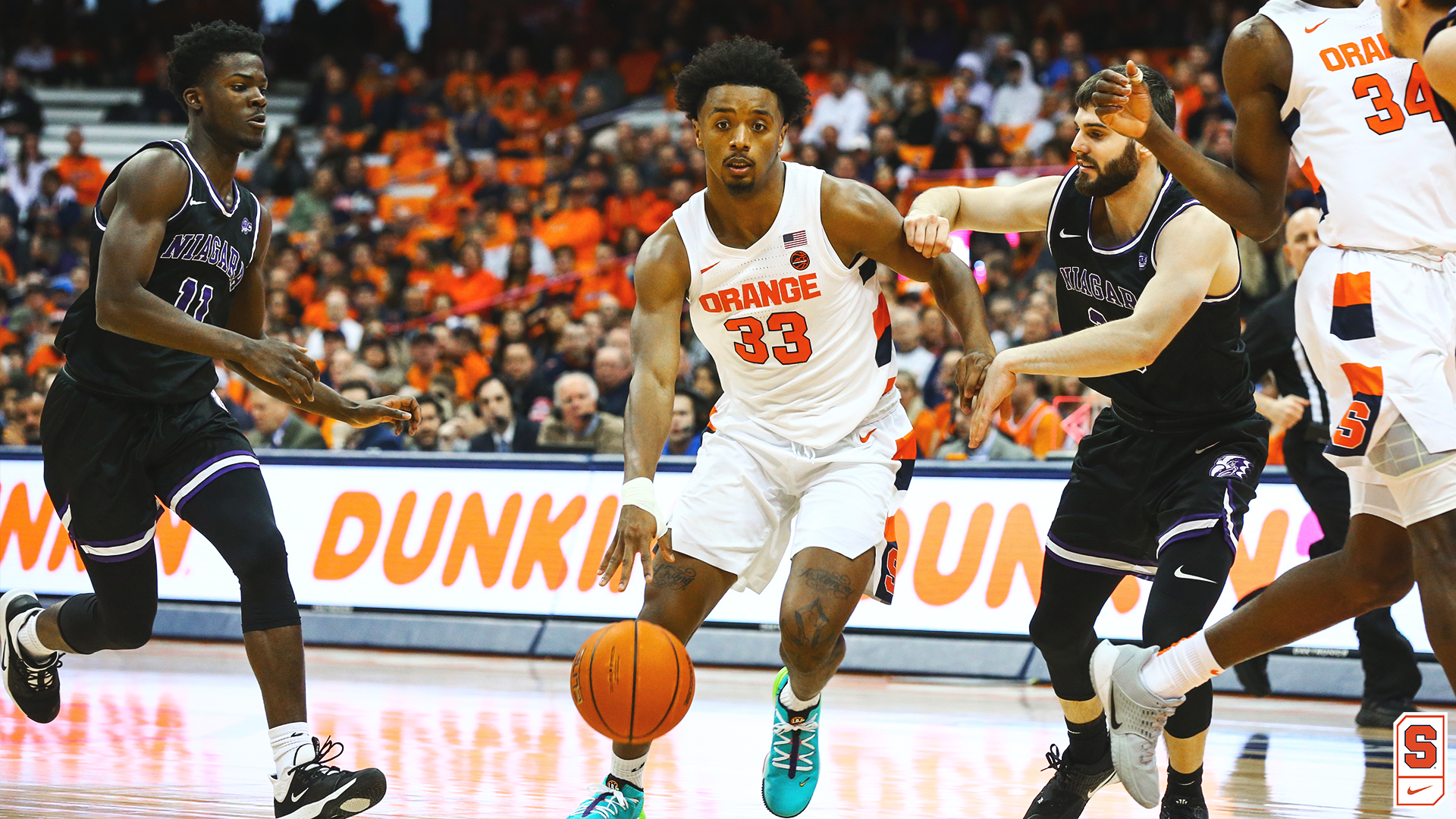 Syracuse Closes Non Conference Schedule With 71 57 Win