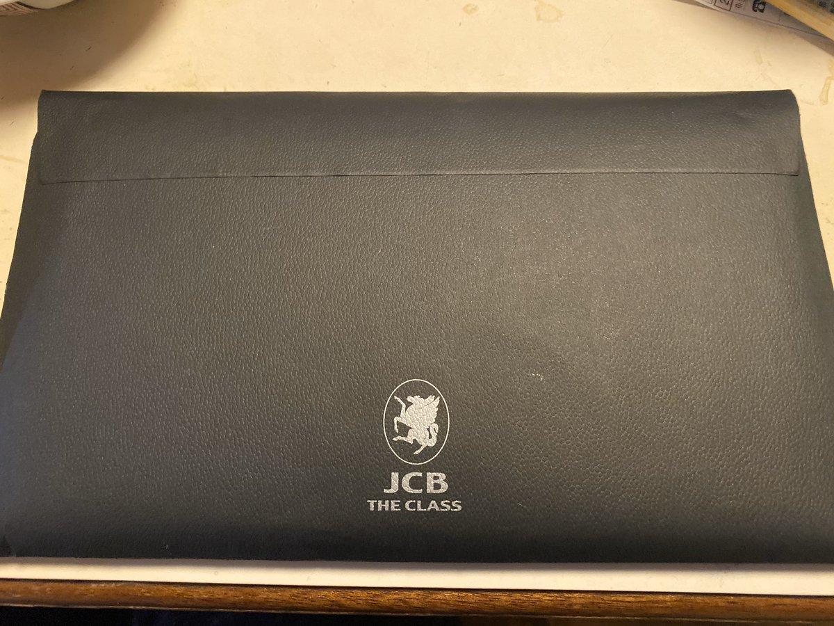 本日、再配達でザ・クラス(The class)が無事に届きました!(^O^)#JCBザクラス #インビテーション #クレジットカード #ザ・クラス #JCB