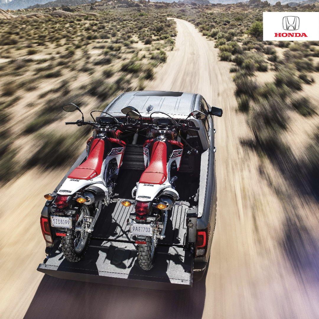 La Ridgeline es la camioneta que cuenta con una amplia plataforma de espacio de carga para que puedas llevar todos tus juguetes contigo.  . . #Hondadominicana #Agenciabella #HondaesHonda #HondaRidgeline
