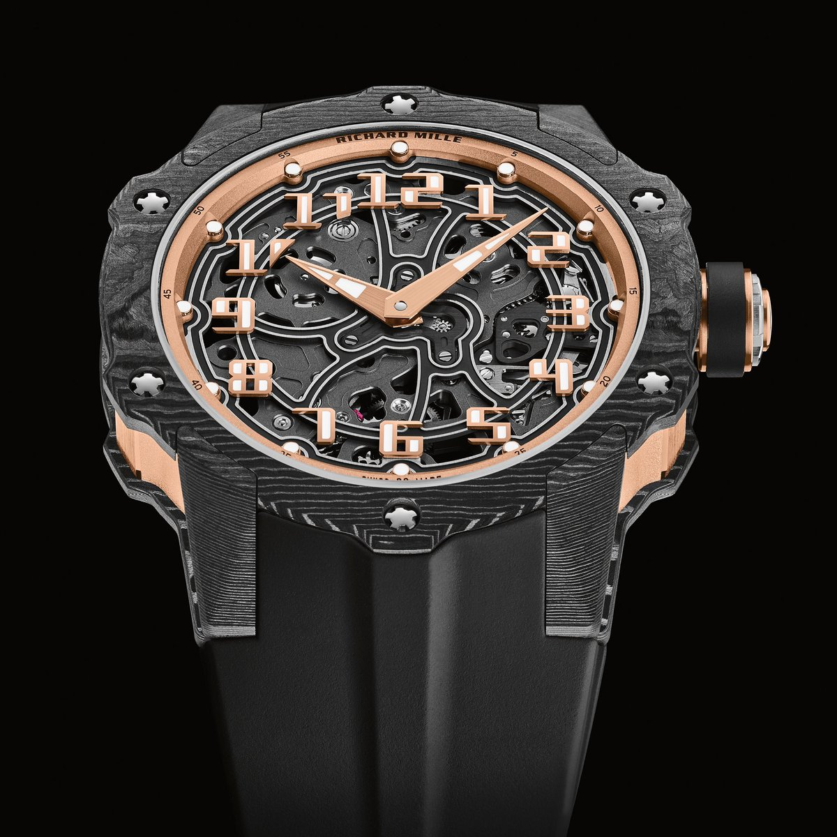 By marrying the performance of a sports watch with the elegance of a circular timepiece, Richard Mille has successfully merged two diametrically opposing characteristics into the new RM 33-02 Automatic.