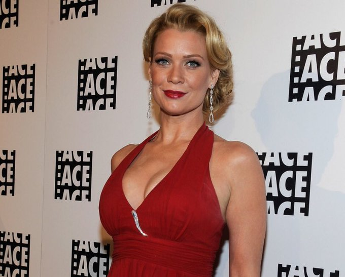 Happy Birthday to Laurie Holden!