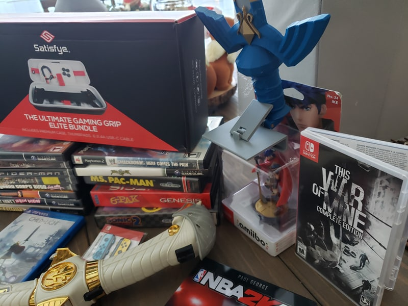 I'M GIVING AWAY *ANOTHER* HUGE BOX FULL OF VIDEO GAMES! Nintendo Switch, Gamecube, Playstation and MORE! #giveaway #nintendoswitch  ENTER HERE 👉   WATCH ME UN-BOXING IT ALL HERE 👉