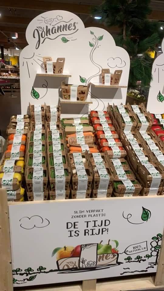 De @JumboSupermarkt Soest gaat als eerste groente en fruit verkopen verpakt in karton ipv plastic. Goeie stap!