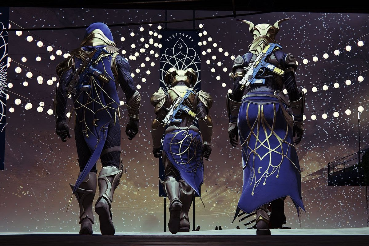 The Dawning 2019 winter holiday is here!  http://twitch.tv/therealnap0le0n  #bungie #bungiegames #destiny #destiny2 #guardian #thedawning #dawning2019 #twitchstreamer #TwitchTVGamingpic.twitter.com/zF2meHE3C7