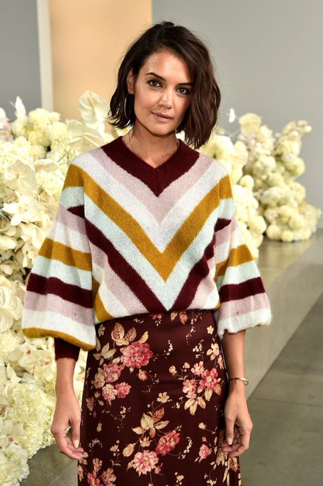 Happy birthday to the cute but sexy Katie Holmes!