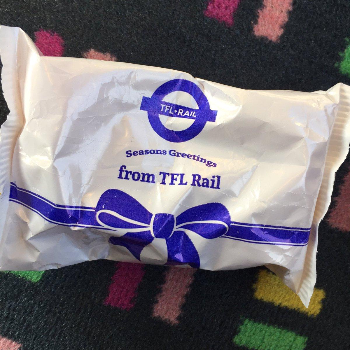 EMEEP8pXYAAFxDA - Bearing the gifts of TfL Rail...
