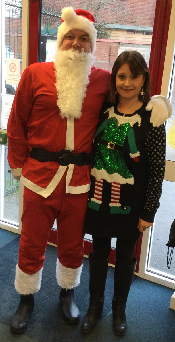 test Twitter Media - Look who has come to visit @RomileyPS Nursery today! All the children have told him that they have been VERY GOOD this year. 🎄 https://t.co/6sGUXFTh7F