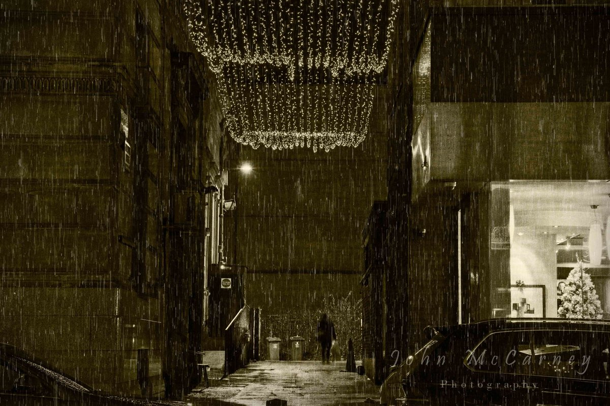 'Raintown'   Another from my 'Nightcrawler' image set  All images shot in Glasgow & Paisley Edited using the amazing #ON1PhotoRAW #nightphoto #Glasgow #Paisley  Image title inspired by @deaconbluemusic @rickyaross @WhatsOnGlasgow @ON1photo Gallery link: https://www.johnmccarney.com/TheCollection-/Nightcrawler/…pic.twitter.com/c8IJKHttDw