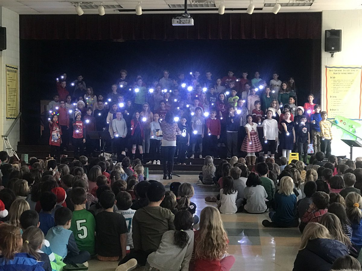 Fabulous winter concert by Nottingham chorus, complete with synchronized light show!!💡 Well done, ⁦<a target='_blank' href='http://twitter.com/NTMKnightsMusic'>@NTMKnightsMusic</a>⁩!  Ready for break!! <a target='_blank' href='http://search.twitter.com/search?q=KnightsRock'><a target='_blank' href='https://twitter.com/hashtag/KnightsRock?src=hash'>#KnightsRock</a></a> ⁦<a target='_blank' href='http://twitter.com/NTMKnightsAPS'>@NTMKnightsAPS</a>⁩ ⁦<a target='_blank' href='http://twitter.com/NottinghamPTA'>@NottinghamPTA</a>⁩ <a target='_blank' href='https://t.co/dZwHt06Hyn'>https://t.co/dZwHt06Hyn</a>