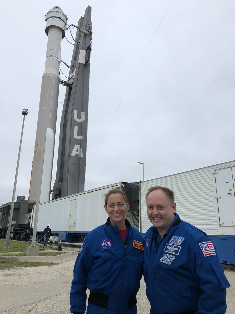 #Starliner first crew (ok 2 of3 if us) with #AtlasV and #OFT rollout. @Astro_Ferg @AstroDuke