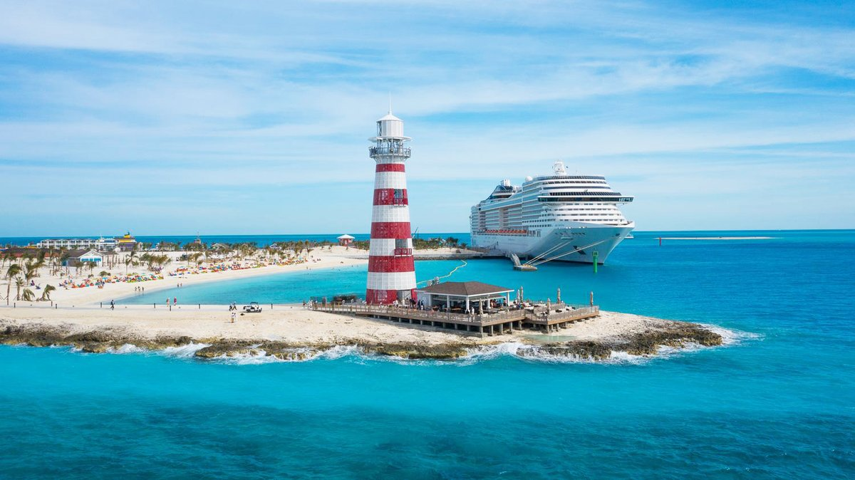 🚧 2019 Accomplishments: 🌴🚢 🇧🇸 The Ocean Cay in the Bahamas officially welcomed its first guests last week! In addition to setting up on an site nursery, our team also completed all the landscaping work on the 30+ha luxury island and installed an irrigation network! © AP Images