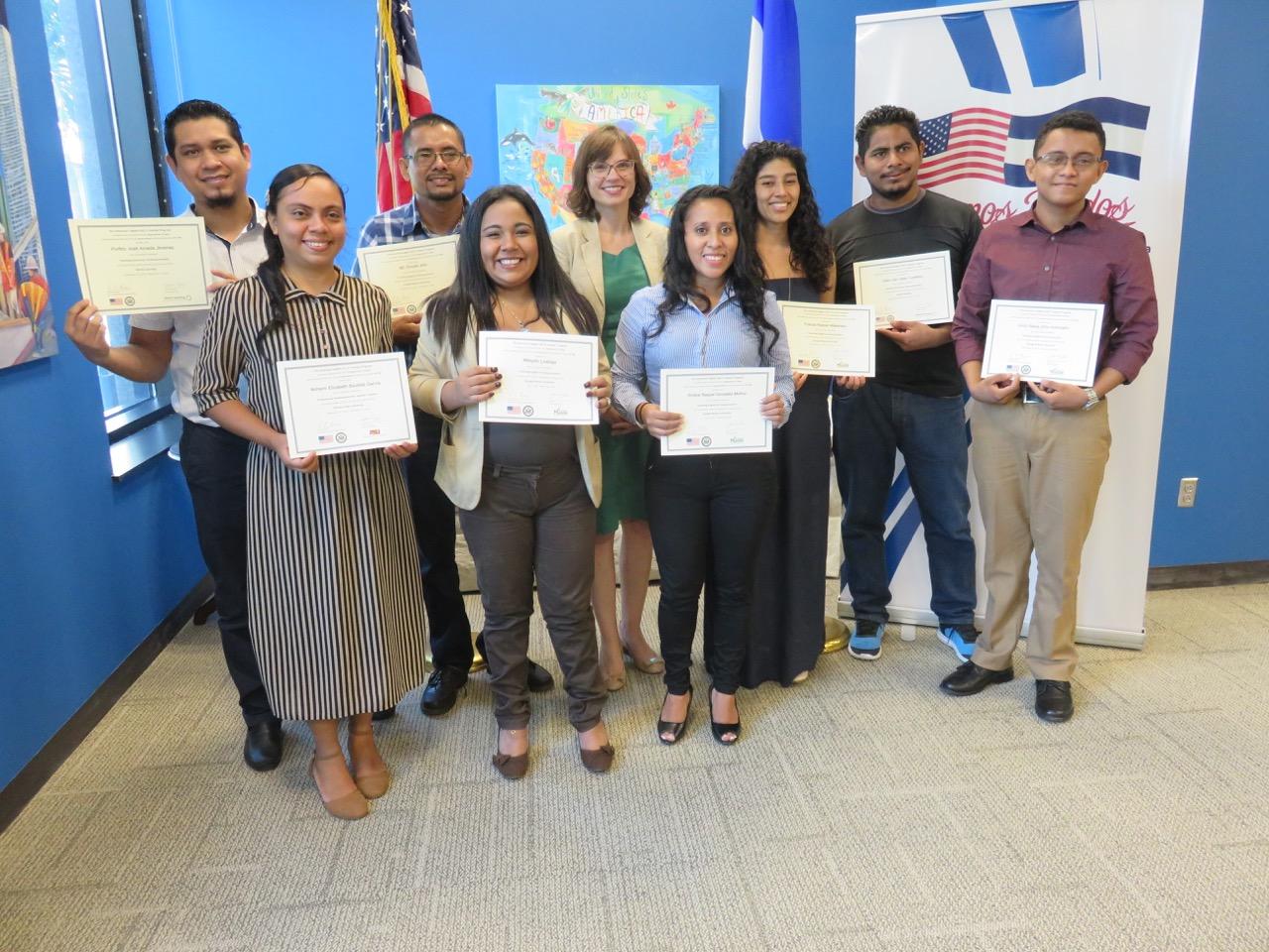 À¦Ÿ À¦‡à¦Ÿ À¦° Usembassy Nicaragua La Agregada Cultural Stephanie Shoemaker Felicito A Los Docentes De Ingles De Managua Chinandega Y Matagalpa Que Culminaron Cursos De Posgrados En Linea Del Programa De Becas E Teacher Sobre