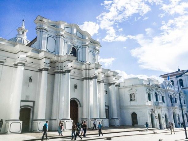 Im Süden Kolumbiens könnt ihr die weiße Stadt Popayán erkunden 😊 . . #trasty #travelstory #visitcolombia #popayan #reisen #reiselust #reisenmachtglücklich #reisenfuerentdecker #weltenbummler https://t.co/KSZncx3wa7