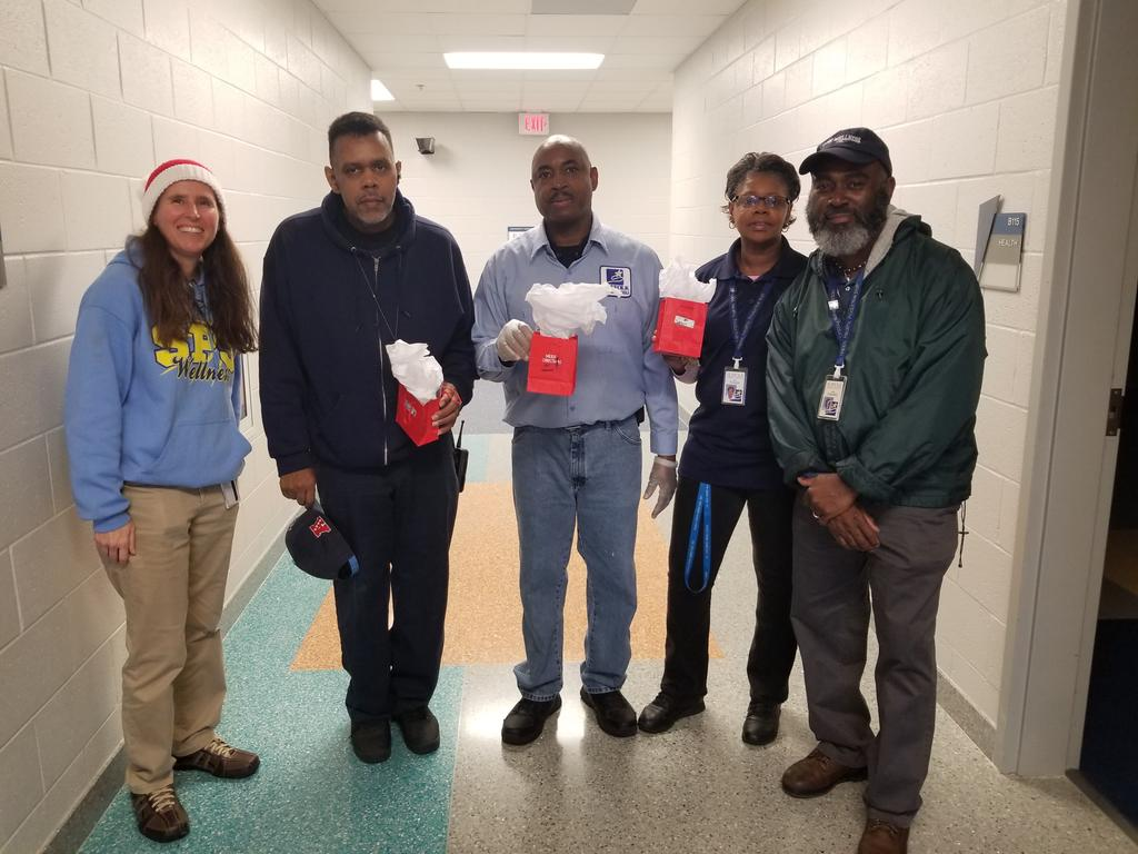 Thank you to our SPS Wellness leader and Mr. Downes for spreading cheer to our custodial and cafeteria staffs!