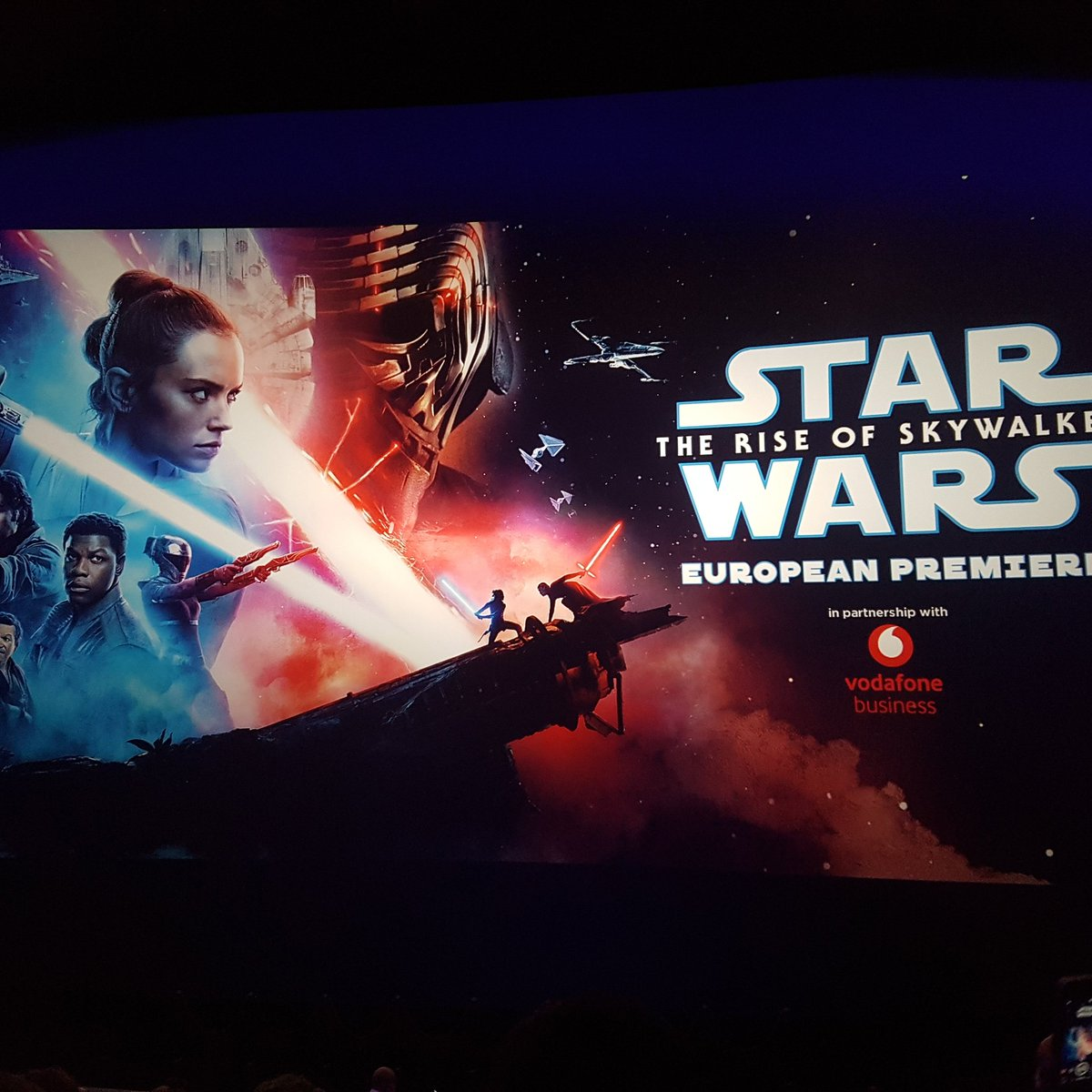 This film! Amazing! No spoilers! Must see for anybody who loves films, regardless of genre! Now on to the afterparty! #TSG #actors #actresses #StarWarsTheRiseofSkywalker #johnboyega