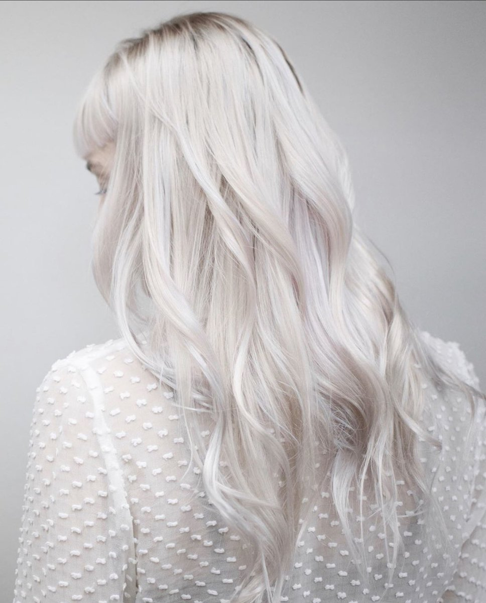 #HolidayHair as bright and soft as snow!  #Platinum essentials @olaplex N°.3-7 available for you and your loved ones @sephora  Hair by :@milksodabeauty . #sephora #SephoraInJCP #SIJCP #olaplex #platinumhair pic.twitter.com/tMCQrzugXt