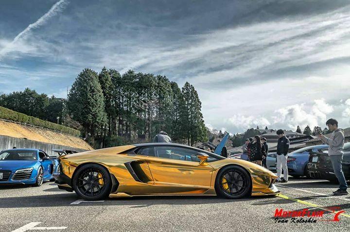 MotorFlair Got Gold?  #lamborghini #aventador #lp700 #gold #wrap #lamborghiniaventador #supercar #luxurylifestyle #supercarlifestyle #carrally #carmeet #carphotography #carswithoutlimits #instacar #instasupercar #automotivephotography #carporn #motorflair