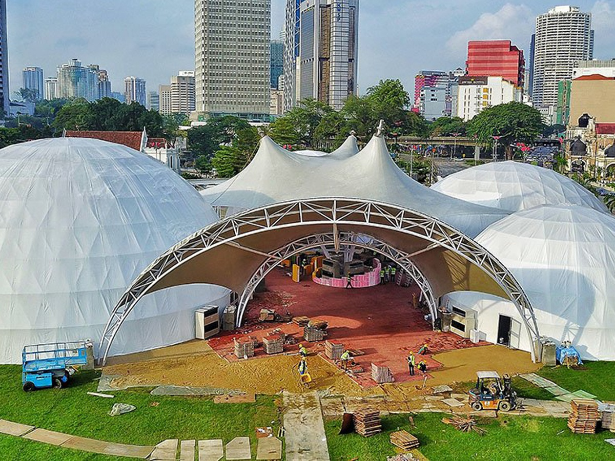 Tensile Structure & Dome Architecture for Exhibitions  . . https://cutt.ly/zrwzYOn . . #shades #structures #canopy #ptfe #exhibitions #canopyfabrics #tensilestructure #design #canopyroof #rooftop #shelter #tensilefabrics #sunshelter #canopystructure  #tensilemesh #roofstructurepic.twitter.com/Gz5PltvyL5