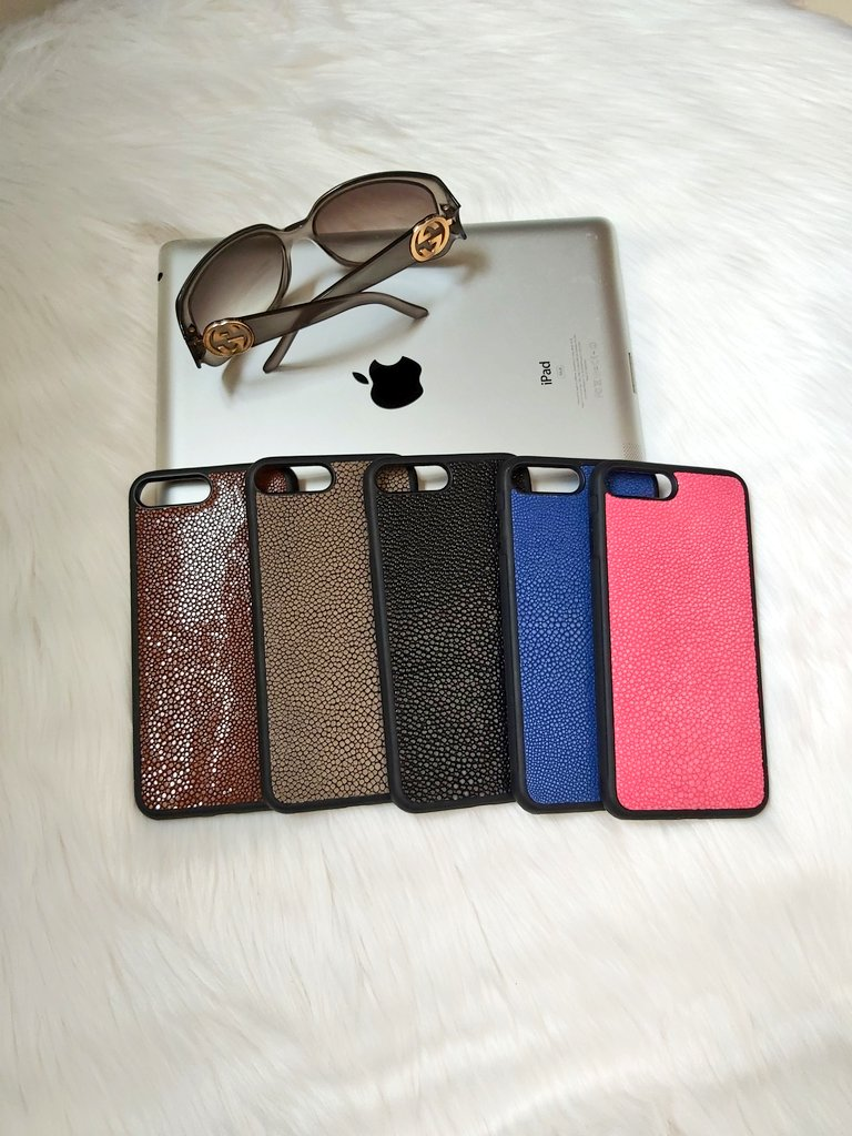 Find our perfect shagreen iphone case on http://www.uviciany.com  Which one is your favorite? #coqueiphone8plus #coqueiphone7 #coque #galuchat  #coqueiphone #coquetelephone #ideecadeau #protegeecran #smartphonecases #appleaddict #casse #caseiphone #frenchblogger  #uvicianypic.twitter.com/gJTl6R04vf