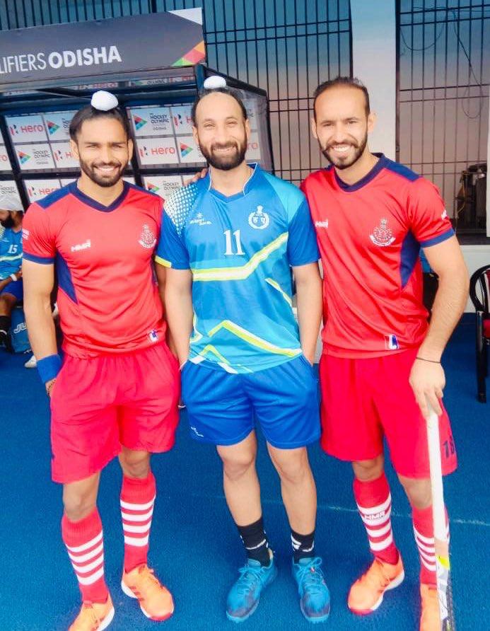 Great efforts by #HaryanaPolice hockey team against #PunjabPolice hockey team. Punjab won this match. Happy to play together with players from Indian National Hockey team #AkashdeepSingh & @ramandeep_31  #HaryanaVsPunjab #IndiaKaGame #Hockey<br>http://pic.twitter.com/5hL04N1XH2
