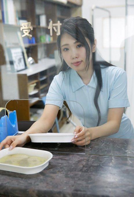 グラビアアイドル麻倉ひな子のTwitter自撮りエロ画像39