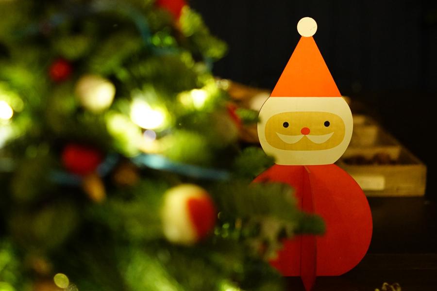 test Twitter Media - Maandag 16 december hebben de kleuters van @De_Lichtstraat een bezoek gebracht aan Boswijk. Al zingend trokken ze langs alle woningen en rinkelden met hun belletjes. Bij veel woningen zijn de kinderen ook binnen geweest om een kerstgroet te zingen. https://t.co/iIsfPxGTAk https://t.co/V2R55JfSGY
