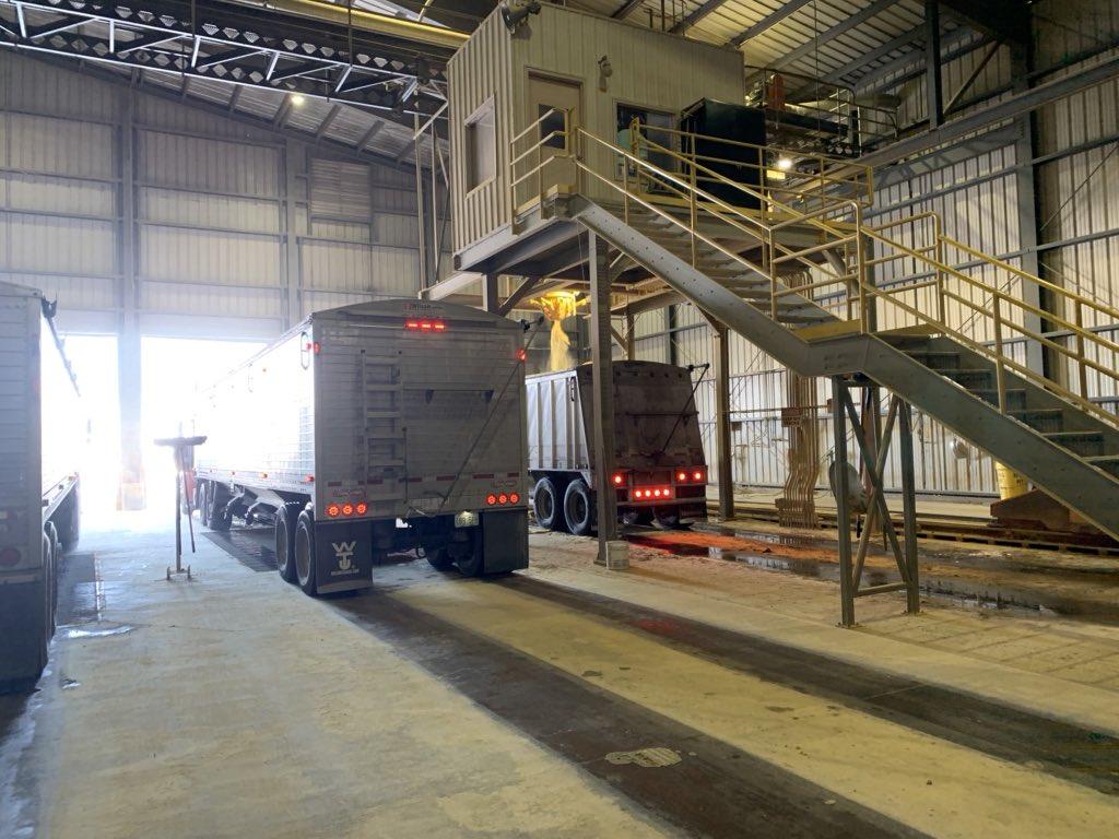 Dakota Gold DDGS load-out @POETbiofuels