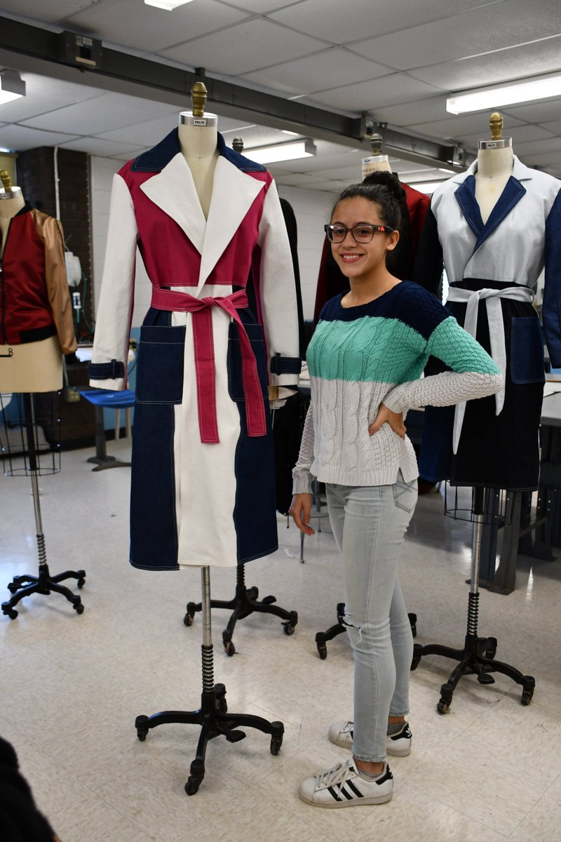 Saunders High School On Twitter Saunders Fashion Design Technology 11th Grade Students Present Their Finished Masterpieces During Their Final Critique With Mr Mota Saundersfashion Yonkersschools Https T Co Tgbsi5z1eu