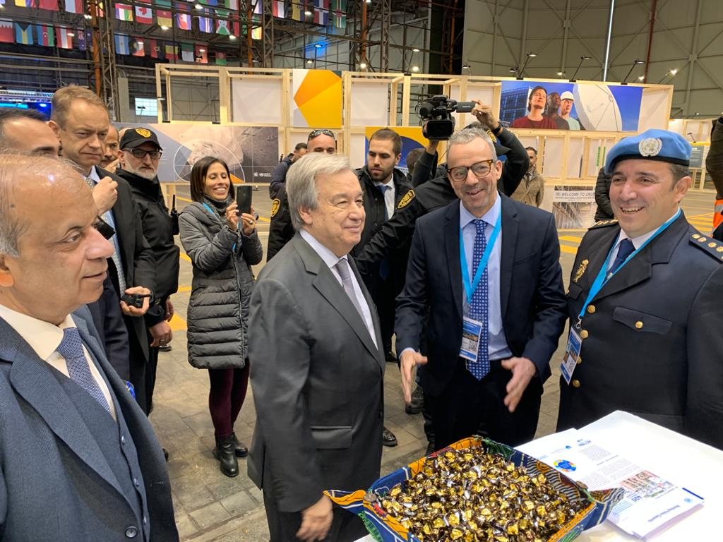 UN SG @antonioguterres visits #JCSC and #SPC booth at #UNGSC 25th anniversary in Brindisi! Grazie! @UN_OROLSI https://t.co/9x63okOl6f