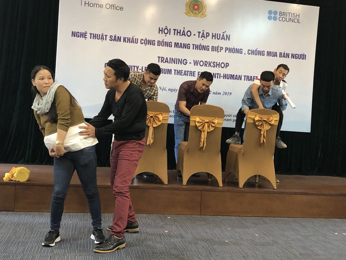 Actors from 5 regions of Vietnam are trying out interactive theatre skills to change mindsets around trafficking