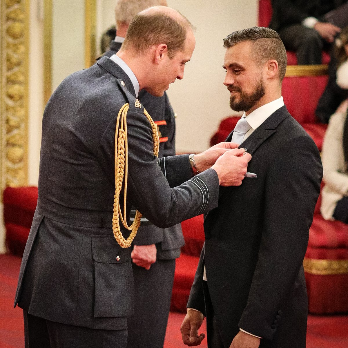 Born with Cystic Fibrosis, @JoshLJ24 was given a 10% chance of surviving his first night. Growing up, he was told he wouldn't make it to 30. At 31, Josh Llewellyn-Jones OBE 🎖️ is now a World Record Breaker and fundraiser of over £800,000 for various charities.