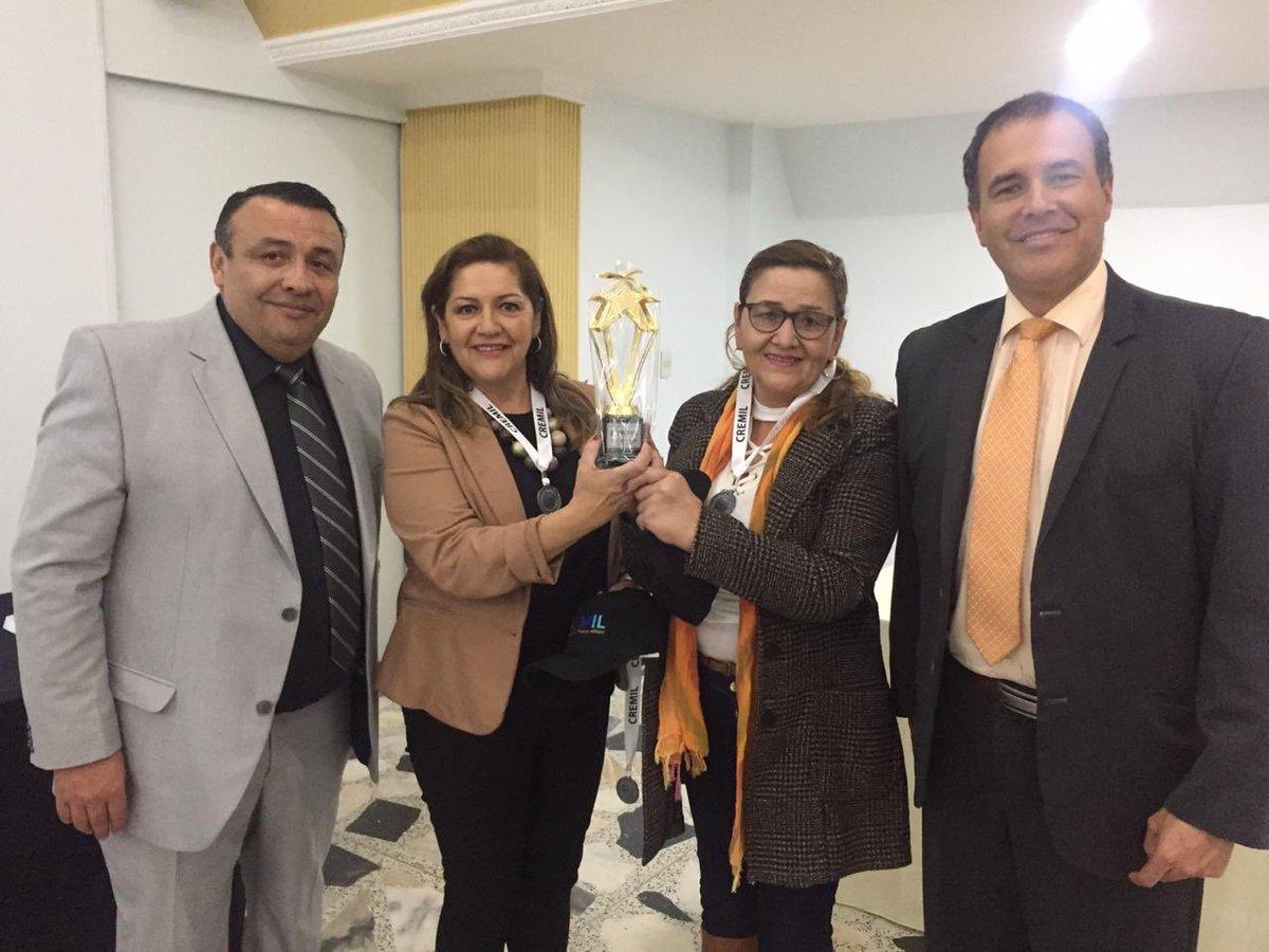 Premiación de nuestro #TorneoDeportivo CREMIL.  #CremilMásCercaDeUsted.pic.twitter.com/26bWMuNtAV