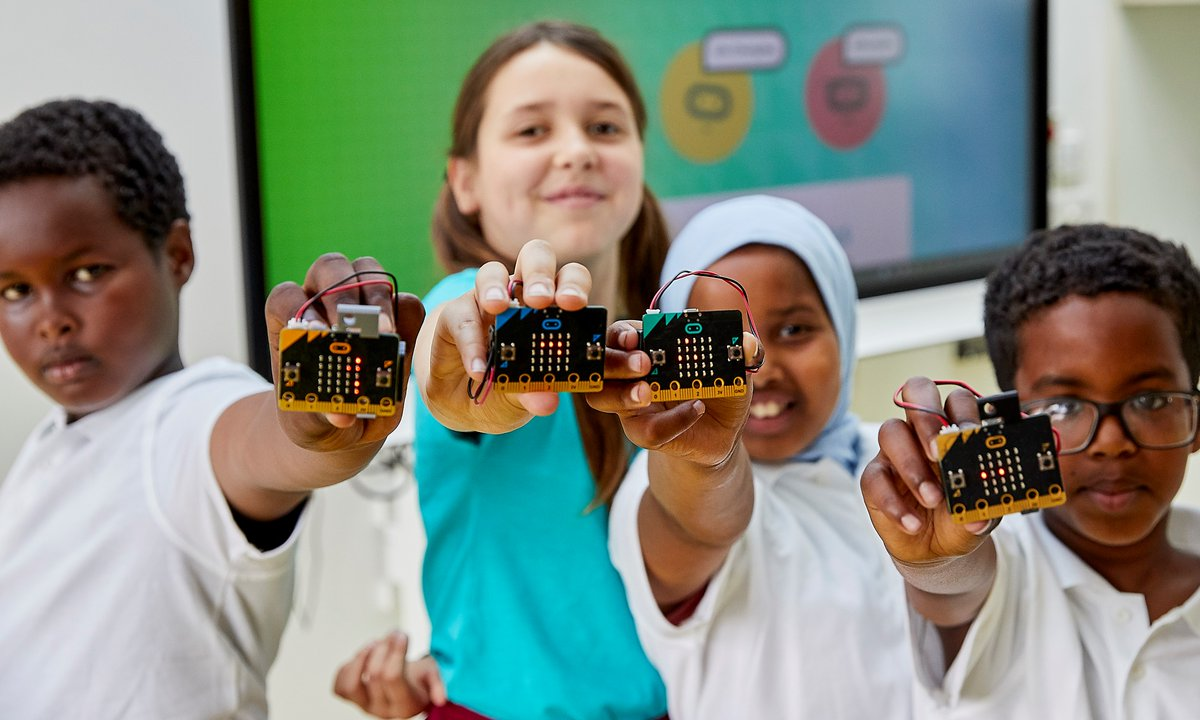 Wishing you a happy, healthy New Year, from all of us here @microbit_edu!