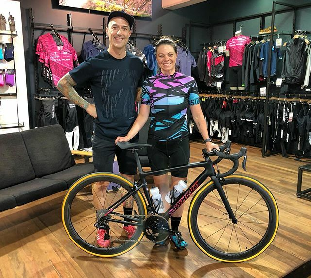 Happy new bike day, Rachel! We bet you can't wait to wake up Christmas Morning and take your new bae for a spin #christmas #sworks #sworkstarmac #christmasgifts #giftideas #treatyoself #mixtape #specializedwmn https://ift.tt/2Q2LTdupic.twitter.com/NaejcK0bxV