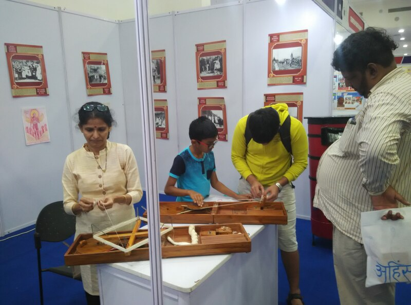 Little philatelists are encouraged to learn in the activity area of the event Inpex2019#Inpex2019 #stamp  #youth #philatelyhttp://www.inpex2019.com