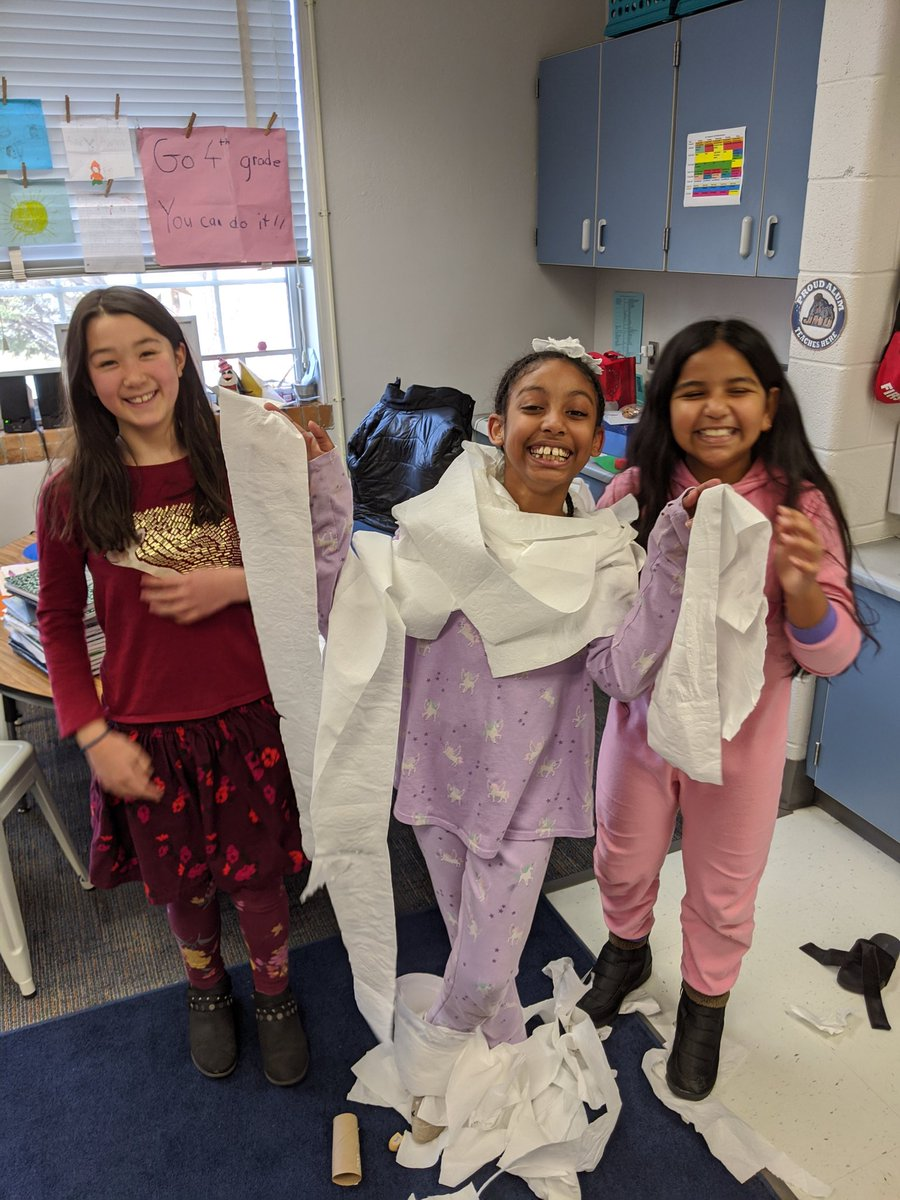 4th graders had a BLAST at their winter party doing the toilet paper snowman challenge! <a target='_blank' href='http://twitter.com/APS_ATS'>@APS_ATS</a> <a target='_blank' href='https://t.co/dQMNF9XBSc'>https://t.co/dQMNF9XBSc</a>