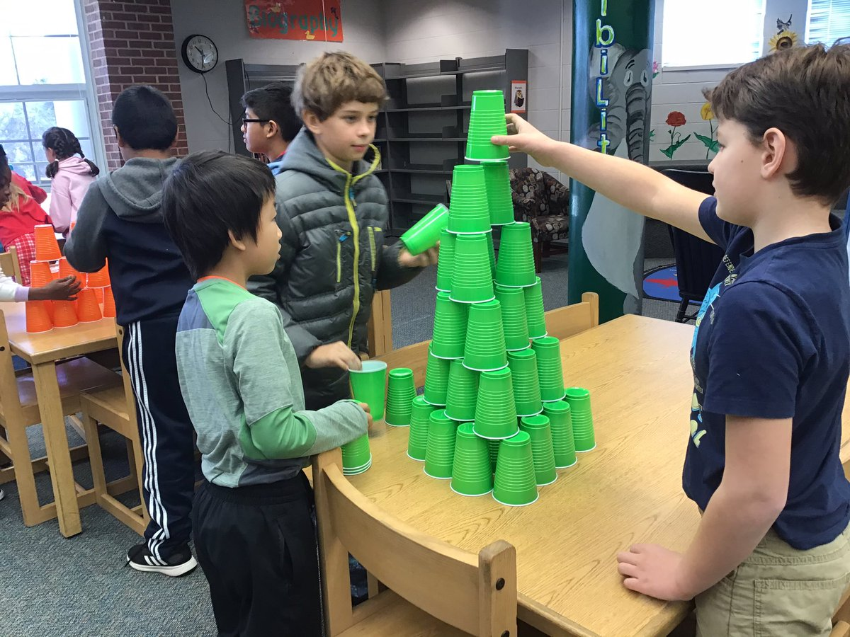 """Collaboratively building the """"most magnificent"""" structure to support """"Bob"""" the snowman! <a target='_blank' href='http://search.twitter.com/search?q=makerspace'><a target='_blank' href='https://twitter.com/hashtag/makerspace?src=hash'>#makerspace</a></a> <a target='_blank' href='http://twitter.com/ATSlibrary'>@ATSlibrary</a> <a target='_blank' href='https://t.co/NsUA7euxFz'>https://t.co/NsUA7euxFz</a>"""