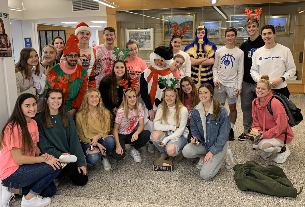 The holiday spirit is alive in the halls of QCHS today! #QCSD
