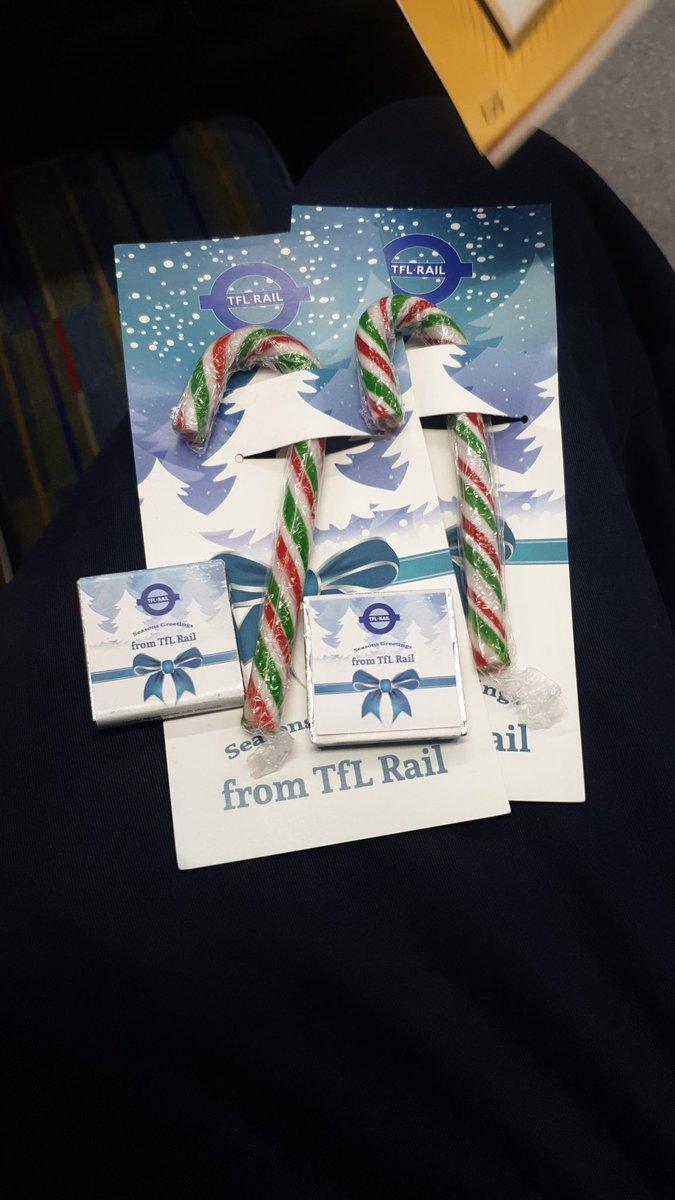 EMPmFvRXUAESzGm - Bearing the gifts of TfL Rail...