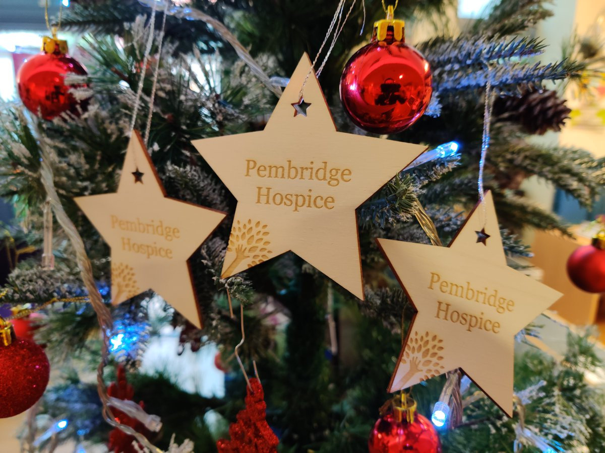 Wishing everyone a very Merry Christmas from the Pembridge team! ☃️🎅 This month has seen a flurry of activity to support our work and celebrate Christmas with our patients. Highlights here and huge thanks to @HamUnited @LondonLiveNH @AcklamVillage
