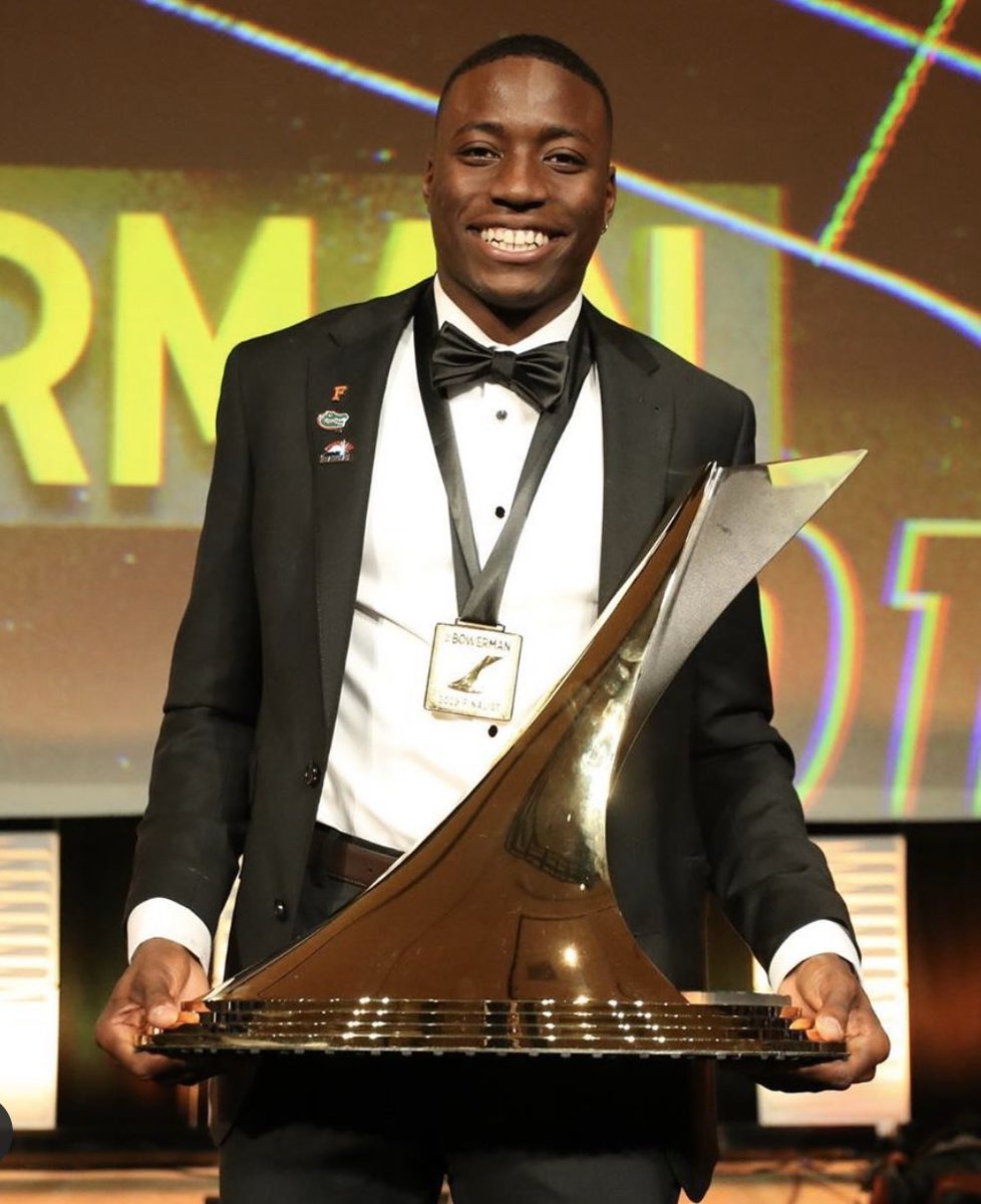 2019 Bowerman Winner🌹🌹 2019 has been nothing but blessing. I thank God for allowing me to be a vessel for his word.