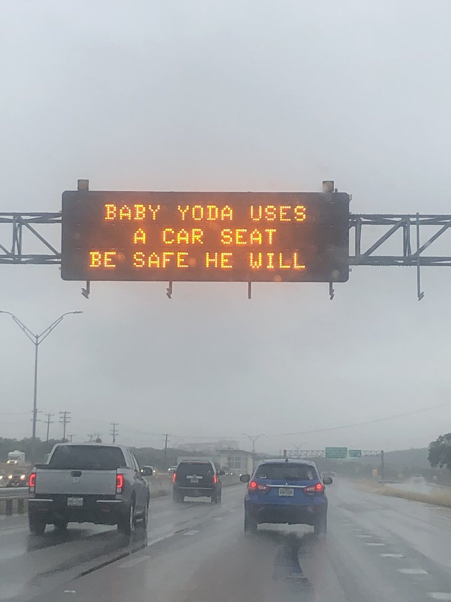 San Antonio really comes out with some of the best safety signs lol https://t.co/mChtBLhuu9