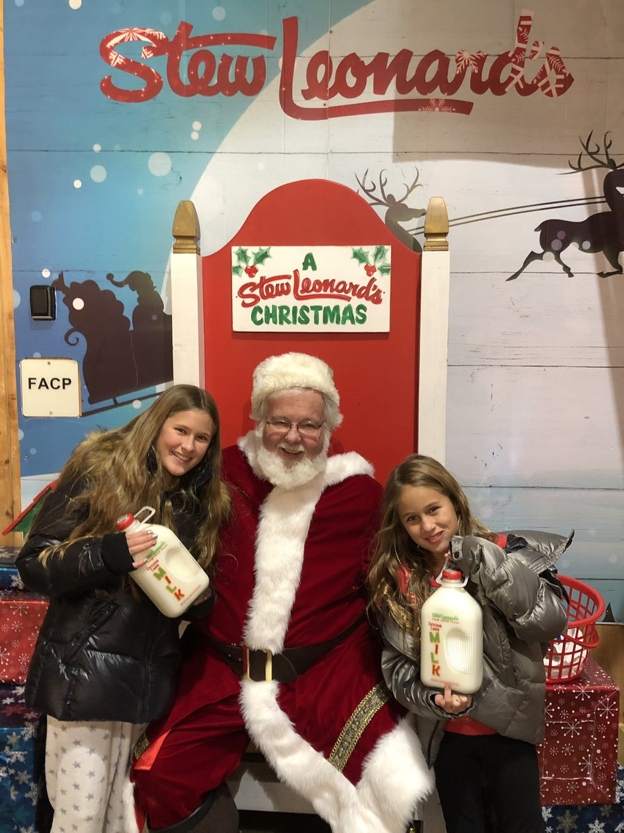 Santa, Christmas Cookie Milk and @StewLeonards. Now the Holidays are complete!