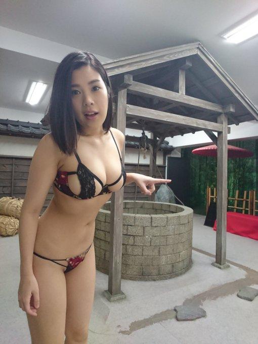 グラビアアイドル内田瑞穂のTwitter自撮りエロ画像11