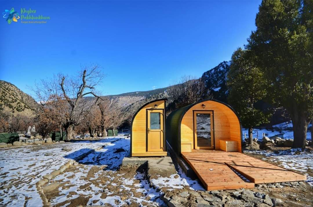 Camping Pods installed in the scenic Bamburet valley, Chitral. Enjoy the view of snowclad mountains #KPTourism <br>http://pic.twitter.com/RKtGKKRjSp