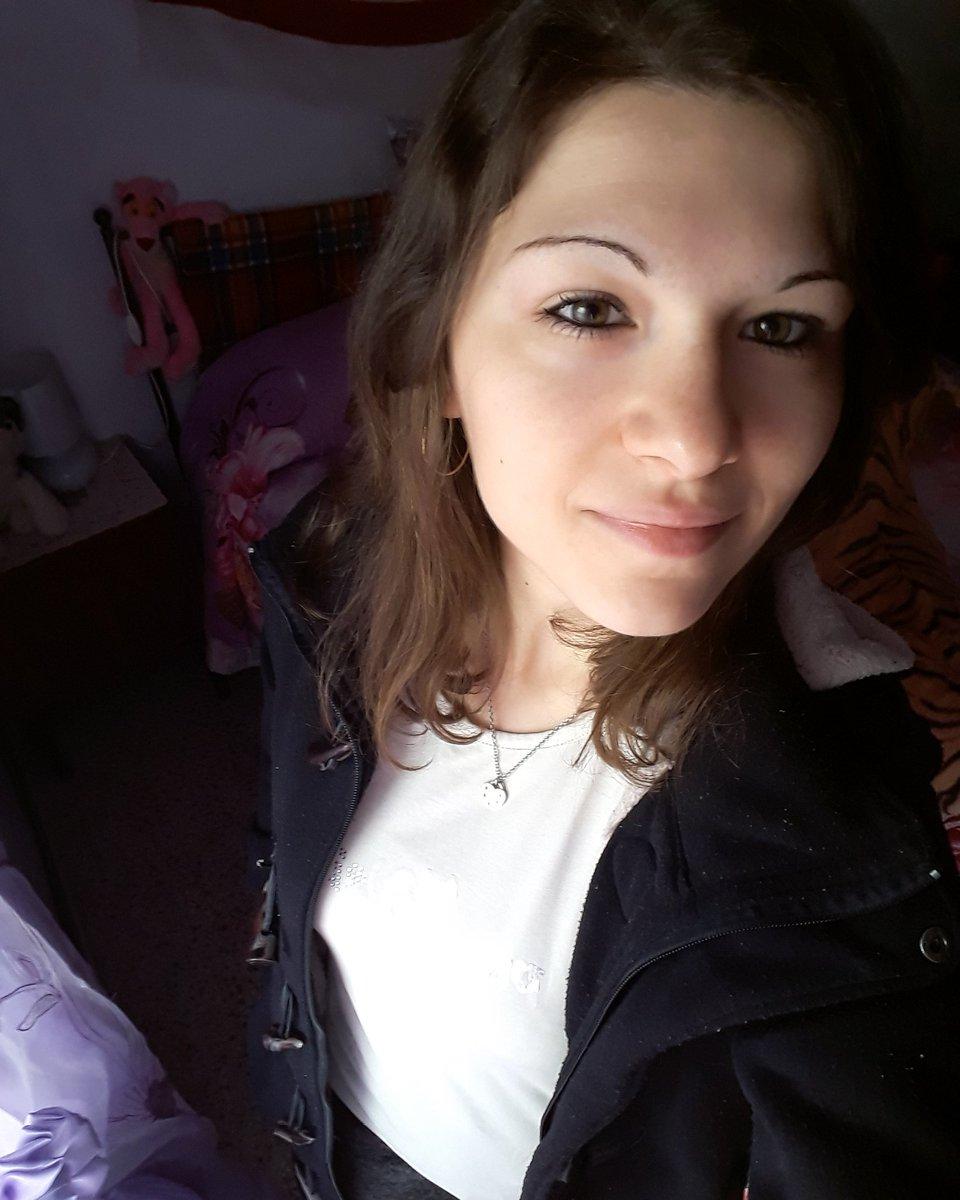 Selfie without glasses😁🙈 #21dicembre #2k19 #me #selfie #nofilter #noglasses #rarepic